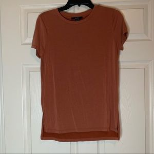 Forever 21 rust colored T-shirt